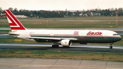 OE-LAS - Boeing 767-33A(ER) - Lauda Air