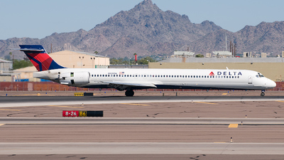N919DN - McDonnell Douglas MD-90-30 - Delta Air Lines