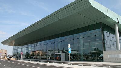 ELLX - Airport - Terminal
