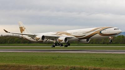 VP-CCC - Airbus A340-642 - Saad Air