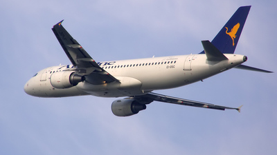 EI-DSC - Airbus A320-216 - Air One
