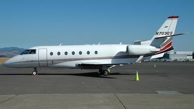 N703QS - Gulfstream G200 - NetJets Aviation