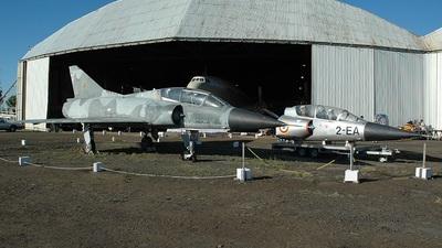 224 - Dassault Mirage 3B - Aéroscope