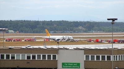 D-ABNS - Boeing 757-230 - Condor