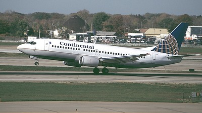 N16301 - Boeing 737-3T0 - Continental Airlines