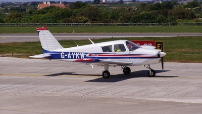A picture of GAYKW - Piper PA28140 - [2826931] - © Graham Hocquard
