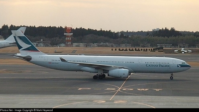 - Airbus A330-300 - Cathay Pacific Airways