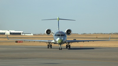 C-FEHU - Bombardier CRJ-701 - Bombardier Aerospace