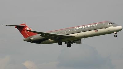 N918RW - McDonnell Douglas DC-9-31 - Northwest Airlines