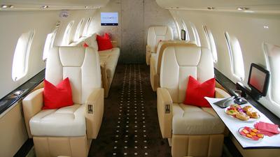 OE-INP - Bombardier CL-600-2B16 Challenger 605 - VistaJet