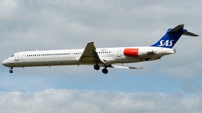 OY-KHC - McDonnell Douglas MD-82 - Scandinavian Airlines (SAS)