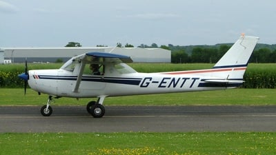 G-ENTT - Reims-Cessna F152 - Private