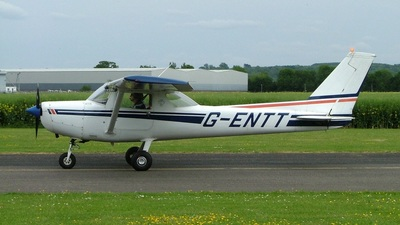 A picture of GENTT - Cessna F152 - [1750] - © Jonathan Hartle