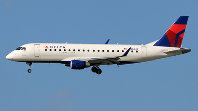 N206JQ - Embraer 170-200LR - Delta Connection (Shuttle America)