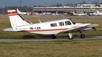 HB-LEM - Piper PA-34-200 Seneca - Private