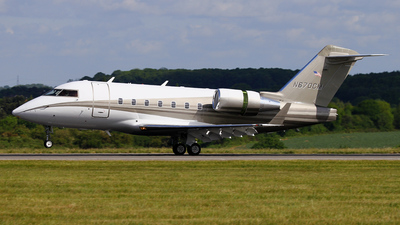 N670CM - Bombardier CL-600-2B16 Challenger 604 - Private