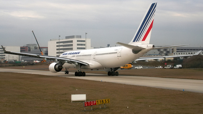 F-GZCL - Airbus A330-203 - Air France