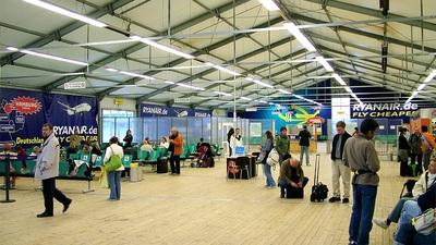 EDHL - Airport - Terminal