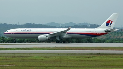 9M-MKD - Airbus A330-322 - Malaysia Airlines