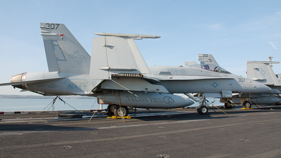 164671 - McDonnell Douglas F/A-18C Hornet - United States - US Navy (USN)