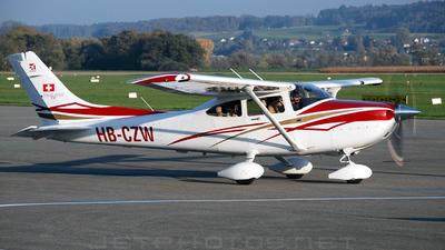 HB-CZW - Cessna T182T Skylane TC - Private