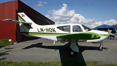 LN-HOK - Rockwell Commander 114 - Private