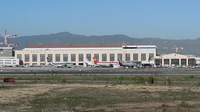 LEMG - Airport - Terminal