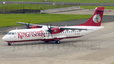 VT-KAR - ATR 72-212A(500) - Kingfisher Airlines