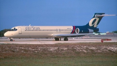 N957AT - Boeing 717-2BD - airTran Airways