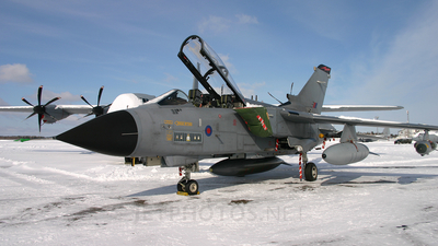 ZD714 - Panavia Tornado GR.4 - United Kingdom - Royal Air Force (RAF)