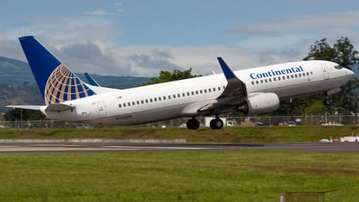 N33266 - Boeing 737-824 - Continental Airlines
