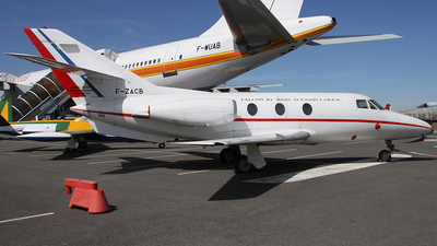 02 - Dassault Falcon 10 - France - Air Force