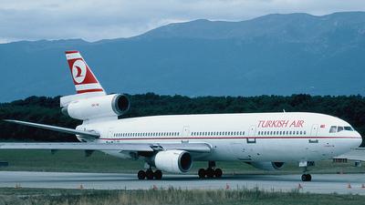 TC-JAU - McDonnell Douglas DC-10-10 - THY Turkish Airlines