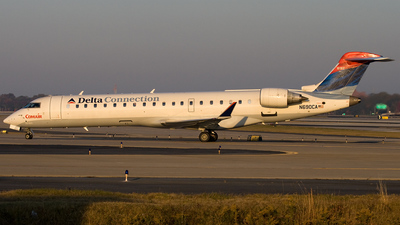 N690CA - Bombardier CRJ-701 - Delta Connection (Comair)