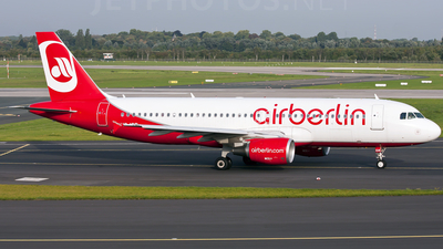 HB-IOR - Airbus A320-214 - Air Berlin (Belair Airlines)