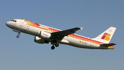 EC-HGY - Airbus A320-214 - Iberia