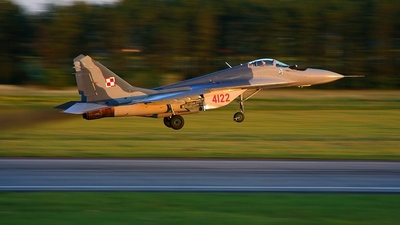 4122 - Mikoyan-Gurevich MiG-29G Fulcrum - Poland - Air Force