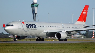 N808NW - Airbus A330-323 - Northwest Airlines