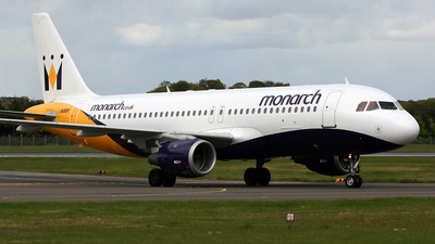 G-MONX - Airbus A320-212 - Monarch Airlines