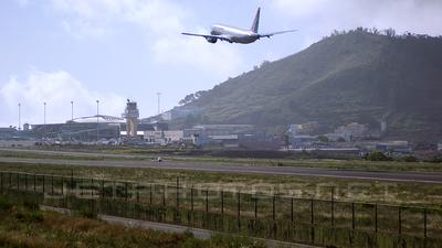 GCXO - Airport - Runway