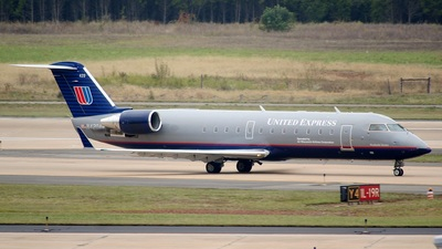 N420AW - Bombardier CRJ-200LR - United Express (Air Wisconsin)