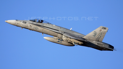 163465 - McDonnell Douglas F/A-18C Hornet - United States - US Navy (USN)