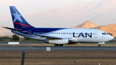 CC-CQT - Boeing 737-230(Adv) - LAN Airlines
