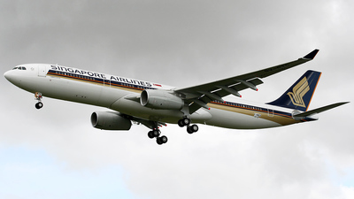 F-WWKA - Airbus A330-343 - Singapore Airlines