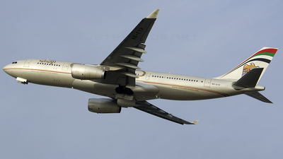 A6-EYP - Airbus A330-243 - Etihad Airways