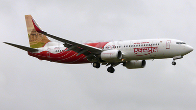 VT-AXV - Boeing 737-8HG - Air India Express