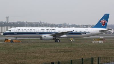 D-AVZH - Airbus A321-231 - China Southern Airlines