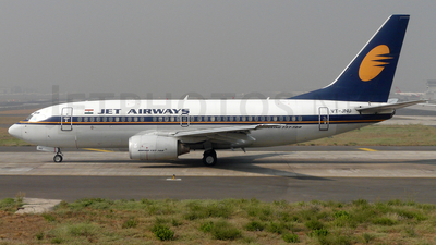 VT-JNU - Boeing 737-75N - Jet Airways