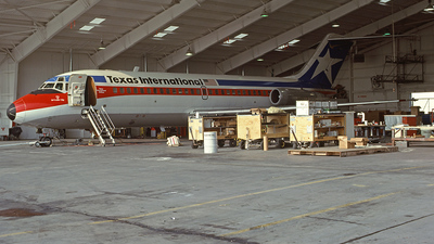 N9102 - McDonnell Douglas DC-9-14 - Texas International