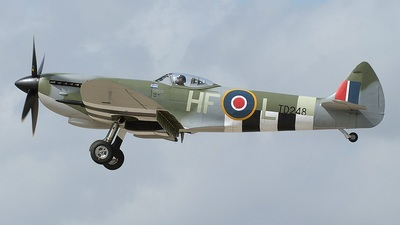 G-OXVI - Supermarine Spitfire LF.XVIe - Private